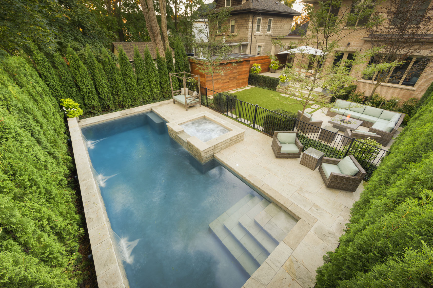 BonaVista Pools & Coivic Landscape Design